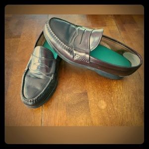 L.L bean classic penny loafers burgundy size 8.5D